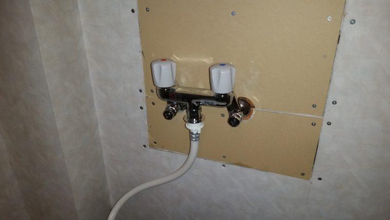 20190219_024 洗濯蛇口を混合栓に交換、ホース交換 北海道札幌市西区:施工実績