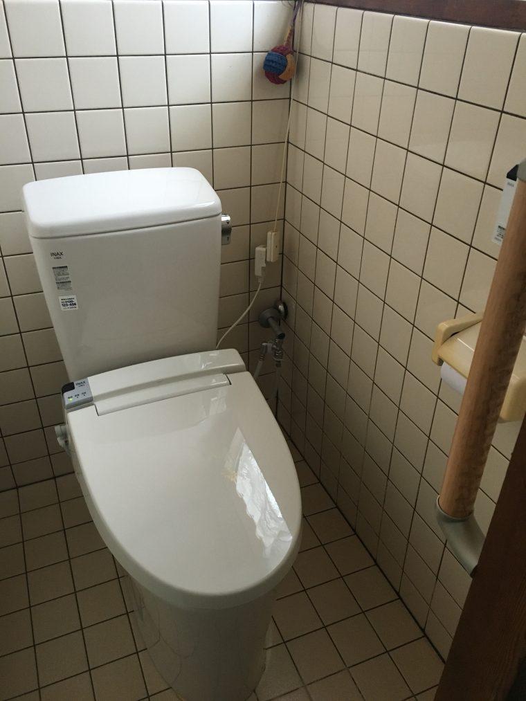 20190701_086 便器交換、トイレ内給水管一部移設 福岡県福岡市早良区:施工実績