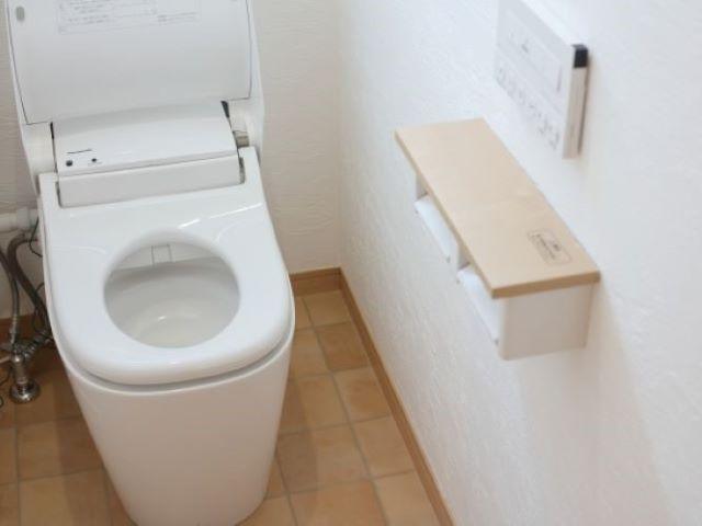 トイレの止水栓はどう閉める?その役割や作業のポイントもおさえておこう!:イメージ
