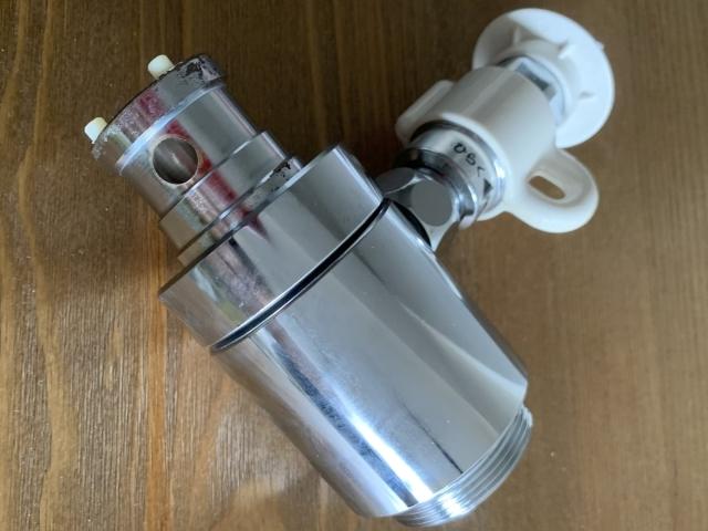 食洗機用分岐水栓はどう取り付けるの?部品の選び方や取り付けの注意点も確認:イメージ