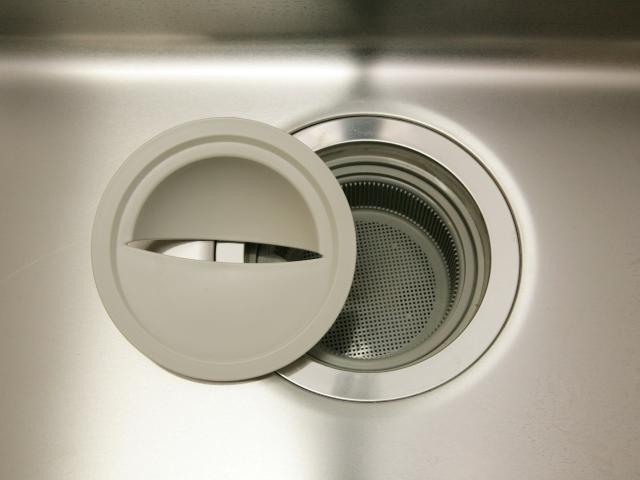 排水口のつまりは重曹で解決!ほかの対処法も知ってキッチンやお風呂を快適に!:イメージ
